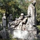 Erdélyi Miklós és Járitz Nándor családi síremléke