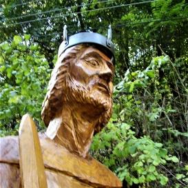 I. (Nagy) Lajos szobra