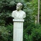 Bartók Béla mellszobra