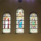 Szent Margit, Szent Erzsébet, és Boldog Gizella üvegablak