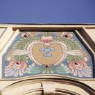 Az egykori Fővárosi cipész- ipartestület székháza mozaik díszítése