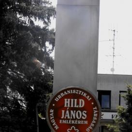 Hild-emlékoszlop