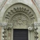 Szent Mihály templom kapuja