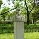 Kacsóh Pongrác szobra
