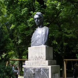 Ştefan Octavian Iosif mellszobra
