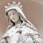 Corvin téri Kapucinus-templom homlokzati szobrai