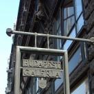 Budapest Galéria cégére