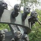 Kabaré-emlékmű