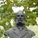 Kosta Taušanović mellszobra