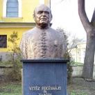 Tabódy István-szobor
