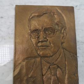 Dr. Méhes Károly