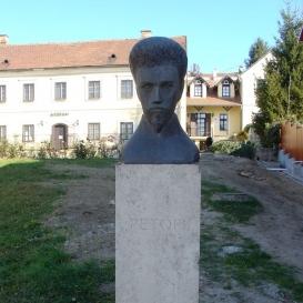 Petőfi Sándor-mellszobor