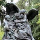 Beniczky Gézáné síremléke