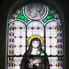 Mórahalmi Szent László-templom hajójának üvegablakai