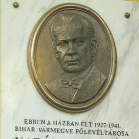 Nadányi Zoltán-emléktábla