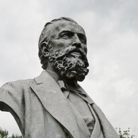 August Šenoa