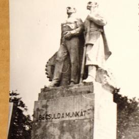Nemzeti munka szobra
