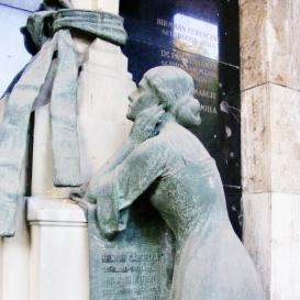 Hirmann Ferenc családja síremléke