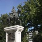 A magyar huszár szobra