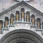 Magyarok Nagyasszonya-templom bejárati szobrai