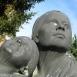 Anya lányával (Návay-emlékmű mellékalakjai)