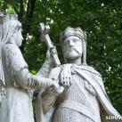 Anjou Hedvig és Jagelló Ulászló emlékműve