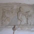 Antik római domborművek a templom falában