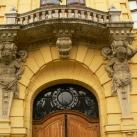 A városháza díszei