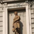 Flóra-szobor