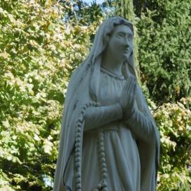 Lourdes-i Szűz Mária