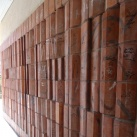 Homlokzati és bejárati falfelületek és pillérburkolatok
