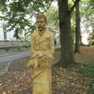 Erdős Kamill–szobor