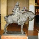 Mátyás lovaszobra