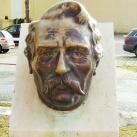Vécsey Károly fejszobra
