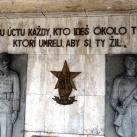 Az ismeretlen antifasiszta harcos emlékműve