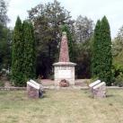 II. világháborús emlékmű és temető