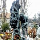 Bund Károly síremléke
