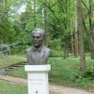 Prinz Gyula-mellszobor