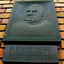 Dr. Becker Vendel