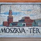 Moszkva tér utcatábla
