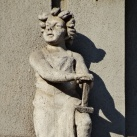 A volt Kereskedelmi és Iparkamara székházának szobordíszei