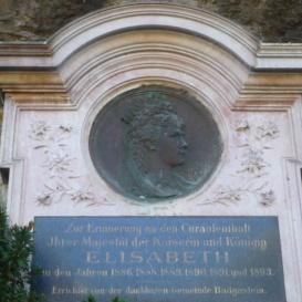 Erzsébet királyné-emlékmű