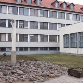 Térplasztika – egykori Tanácsköztársasági emlékmű