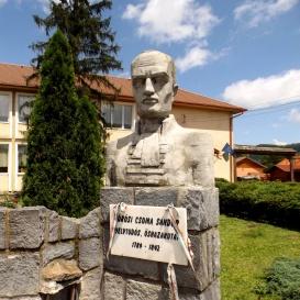 Kőrösi Csoma Sándor mellszobra