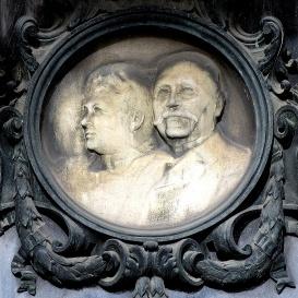Jungfer Gyula síremléke