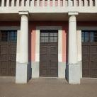 Jézus Szíve-templom bejárati ajtóinak domborművei