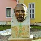 Aulich Lajos fejszobra