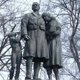 Diósgyőr hősi halottjainak emlékműve