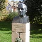 Mott János mellszobra