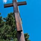 Emlékkereszt a II. világháborúban elesettek emlékére